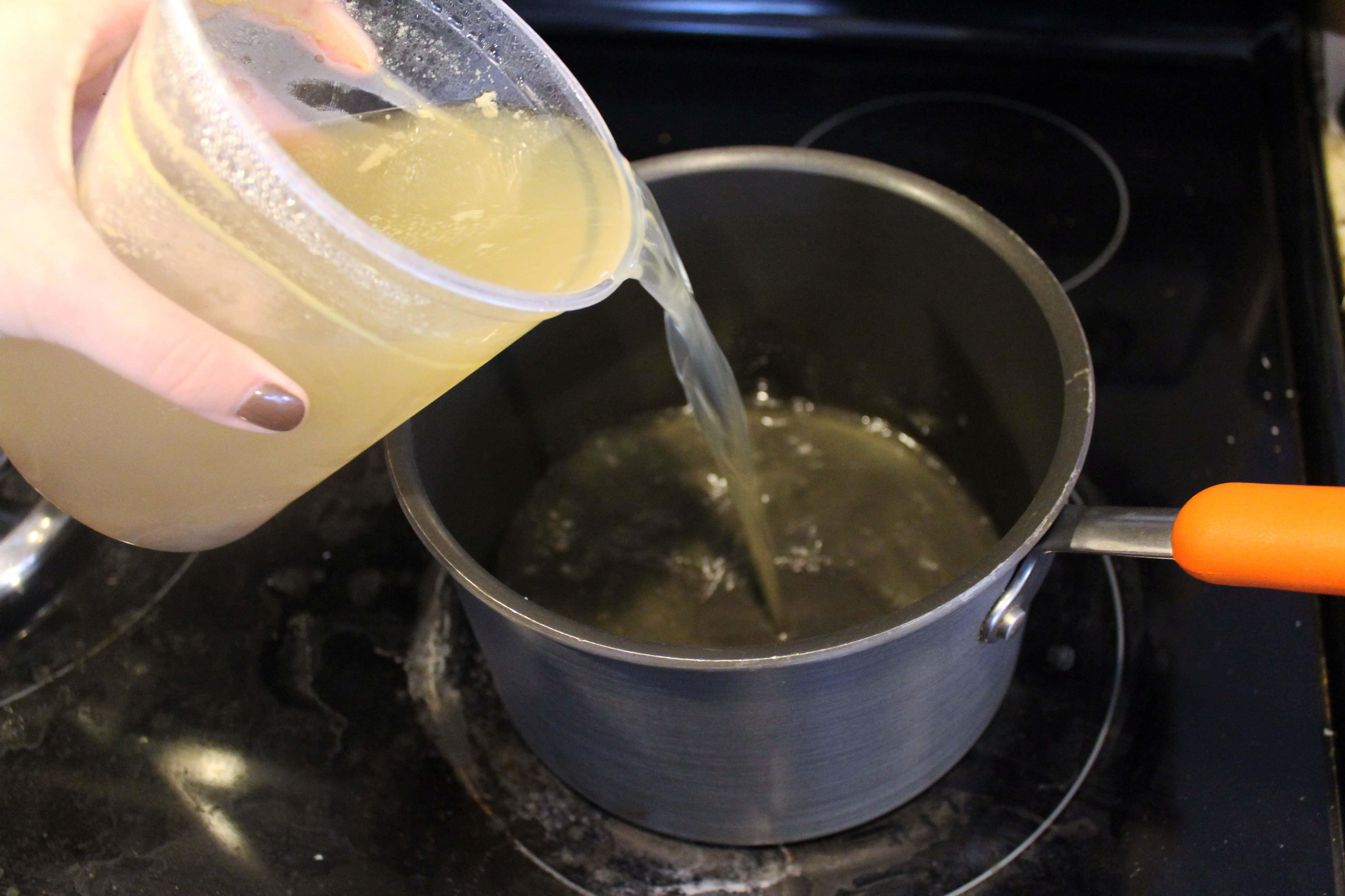 Start stock in a pot