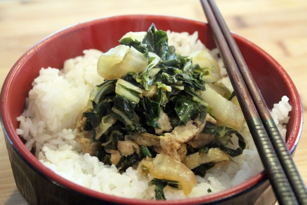 Greens with hashi and rice