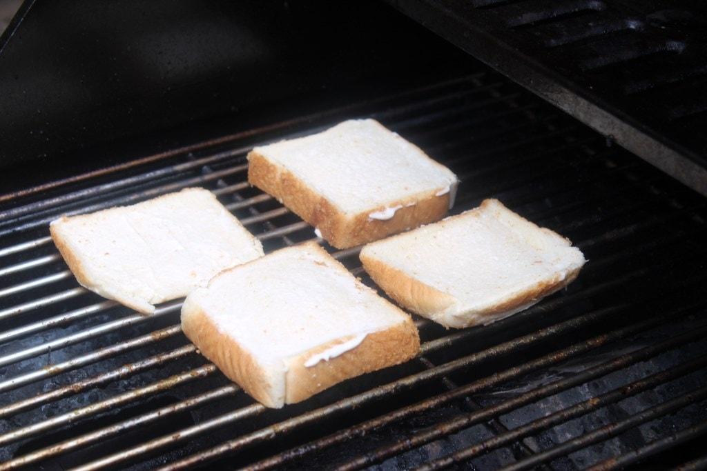 Start bread on grill