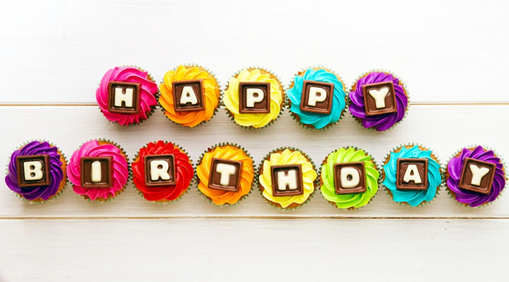 Beautiful-Happy-Birthday-Cup-Cake-Wallpaper-Full-HD