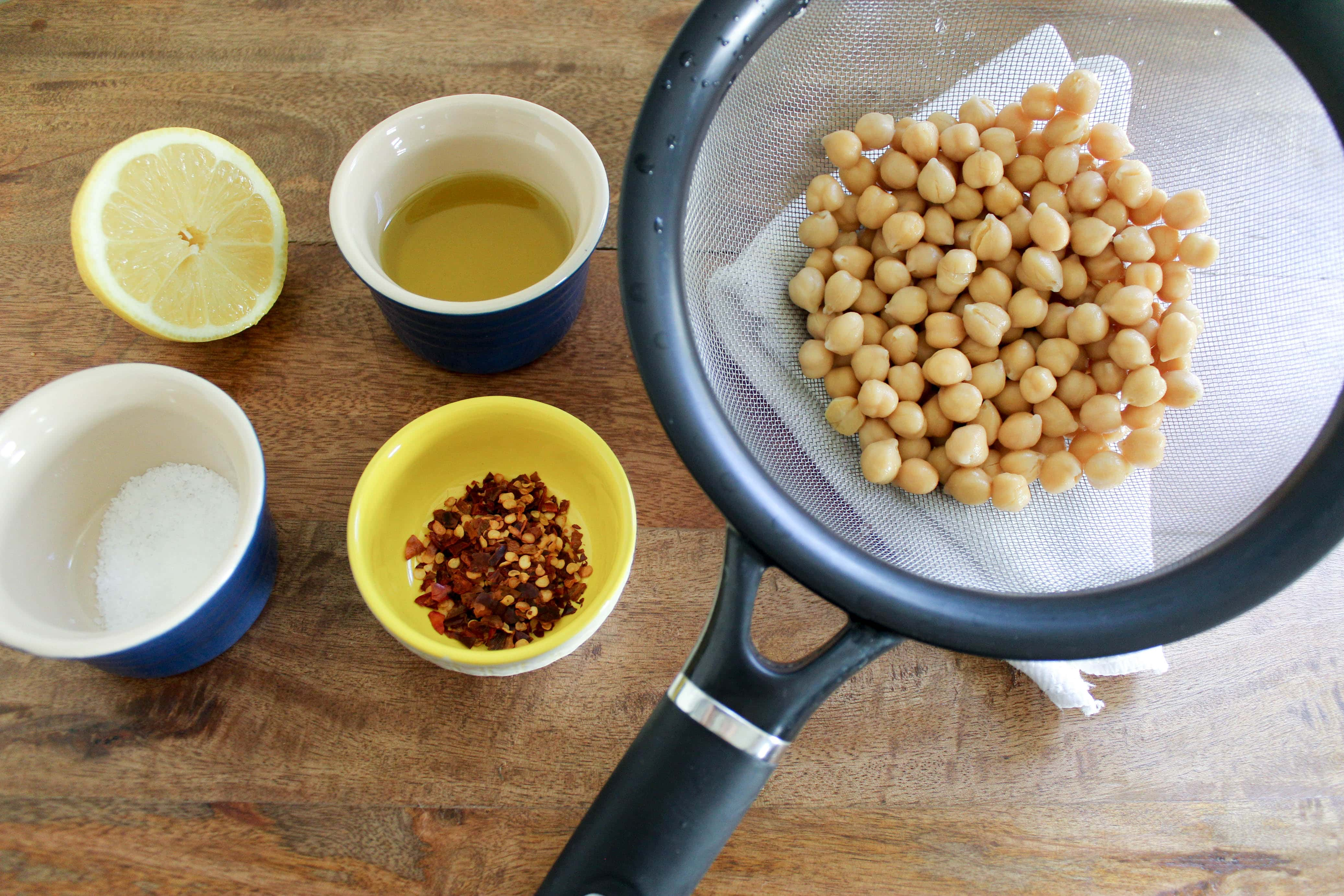 ingredients for marinated chickpeas with lemon juice