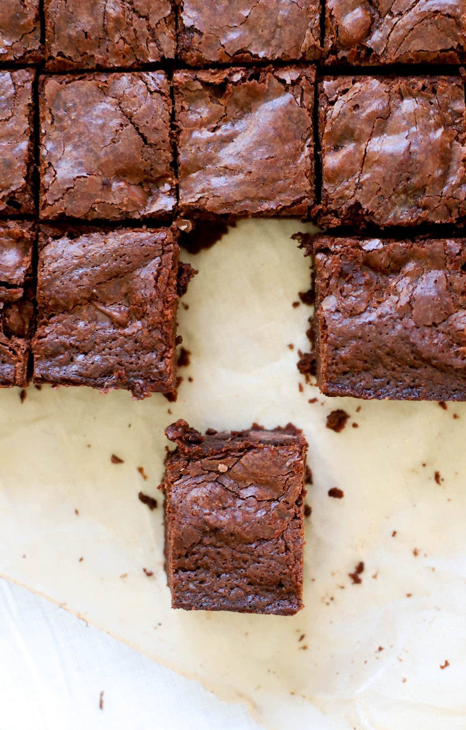 Easy and Delicious Fudge Brownies