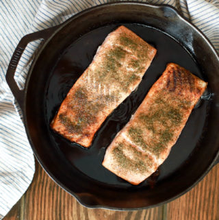 best way to cook salmon cast iron skillet