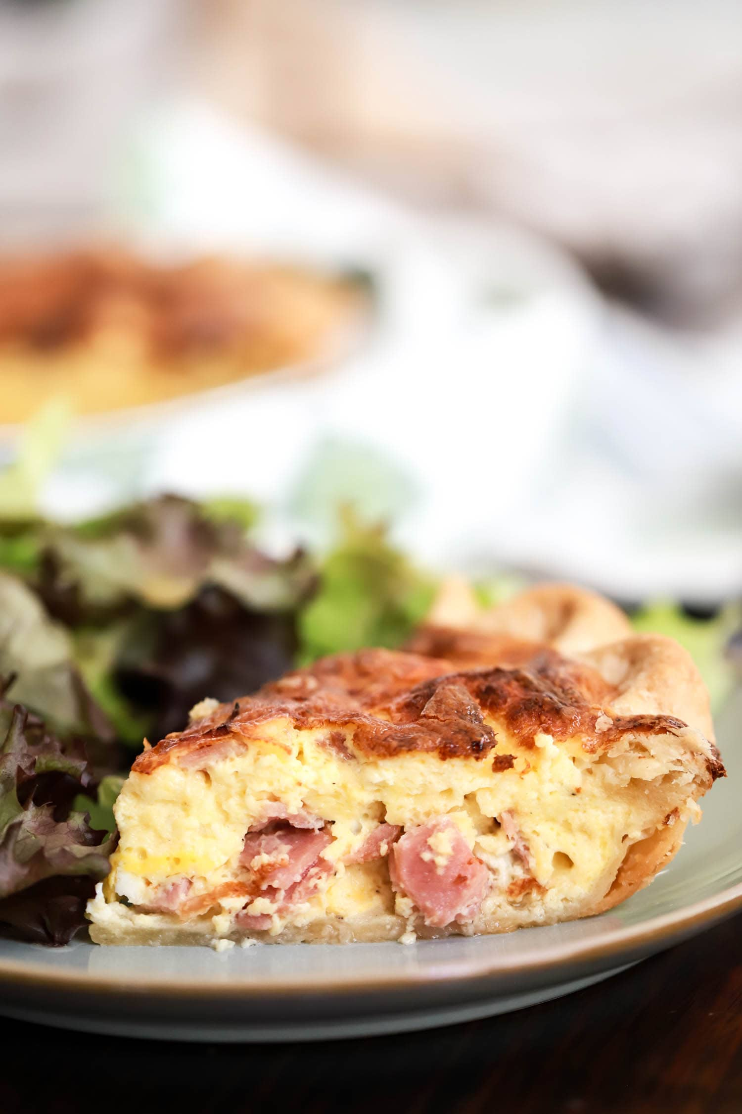 inside of ham and cheese quiche
