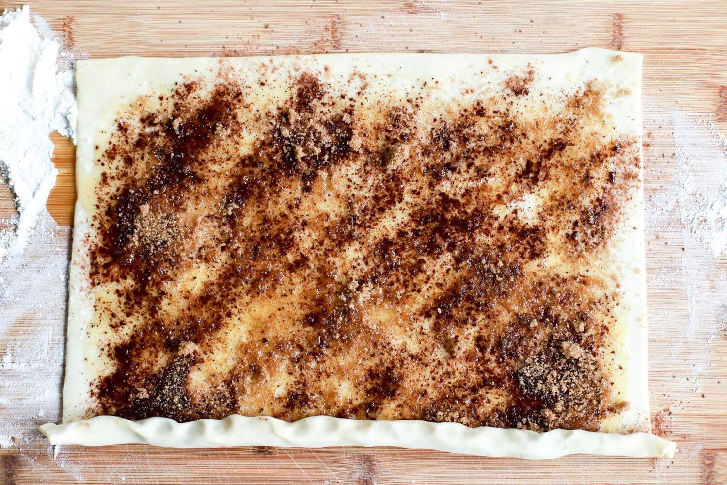 puff pastry with cinnamon filling